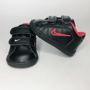 NIKE Court Tradition 2 Plus (TDV) black sneaker